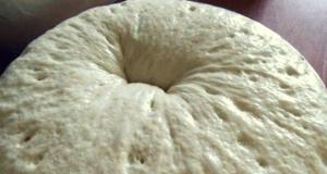 Най-накрая лесна рецепта за тесто което става за 15 минути