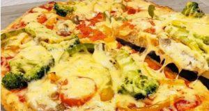 Нон стоп хапваме от тази пица - вкусна сочна и без грам брашно!