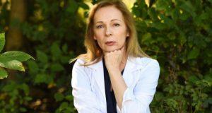 """Д-р Романова от """"Откраднат живот"""" с лицева парализа"""