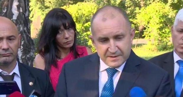 Румен Радев: Българите НЕ УМИРАТ ОТ COVID-19 a от хаоса в управлението!