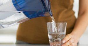 Японски учени: 8 причини да пиете вода сутрин на гладно още щом отворите очи!
