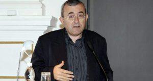 Български професор: Човек от службите ми каза че Борисов ще направи като Горбачов и Елцин