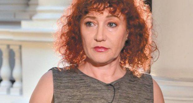 Валя Ахчиева доказа COVID шашмата: Здравите ги правят на болни! Срам и позор