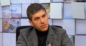 Бивш служител на ДАНС: Борисов управлява чрез тайните служби. Превърна държавата ни в измет!