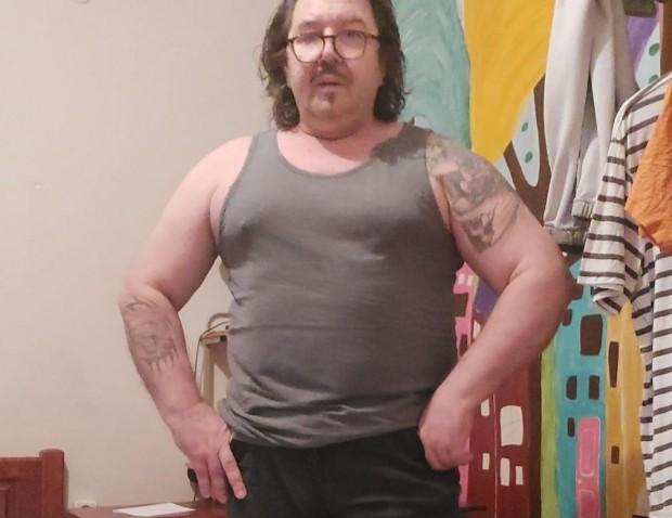 Шеф Петров: Ето бе нещастници ето колко съм дебел