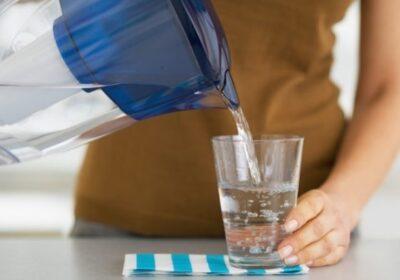 Когато пиете вода сутрин на гладно се случват 8 страхотни неща в тялото ви