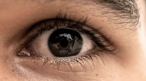 Очите са огледало на здравето: 8 сигнала които очите изпращат за да предупредят за здравословни проблеми