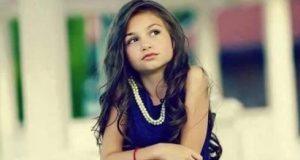 Детето-чудо Крисия разцъфна в прекрасна млада дама – ето я на 17 (Снимки)