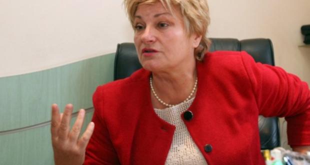 Адв. Веска Волева: 5-има използвачи управляват България