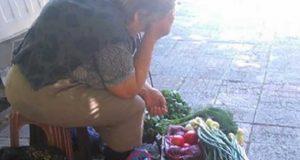 """""""Модна млада дама попита бабичка колко струва кошничка с ягоди… Бабата-продавач и отговори:"""