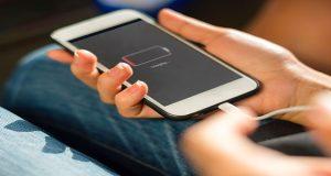 Лесен трик ще направи батерията на телефона да издържи два пъти по-дълго