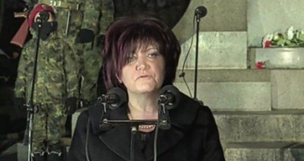 Караянчева не о́ди пеша: ПКП с шофьор и лимузина от НСО още 4 години