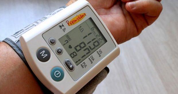 Лекари: Кръвно 150 на 90 е нормално за хора над 60 г. не го мерете в стая където е горещо или твърде студено
