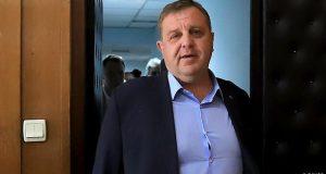Каракачанов скочи безпардонно: Слави ще ти скъсам г*за