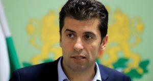 Кирил Петков ли е бъдещият лидер на България – Остап Бендер или Спасител?
