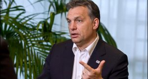 Златният век на Виктор Орбан: 6 години майчинство 33 000 евро за трето дете ниски цени и още