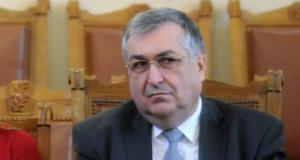 Георги Близнашки за президента Радев: Той нарушава Конституцията всеки час всеки ден